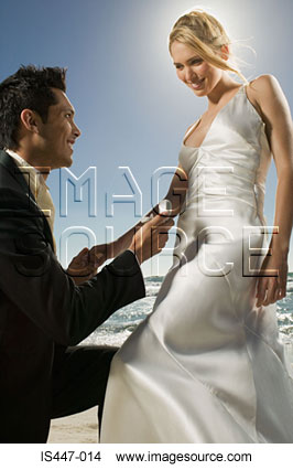 Bride and bridegroom by sea
